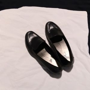 Life Stride Black Slip On Shoes 9.5